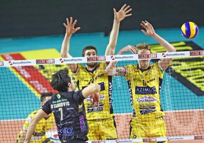 Superlega Volley: Azimut crolla a Macerata