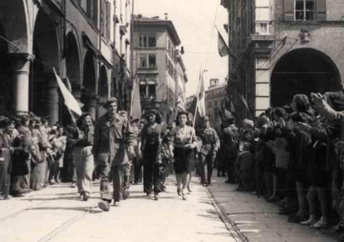 La Liberazione di Modena: il merito degli Alleati e la retorica partigiana