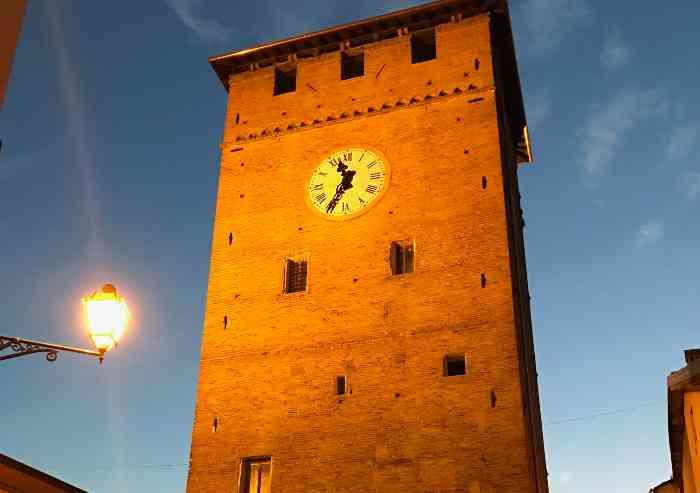 Nonantola, il bello di una Torre di nuovo libera