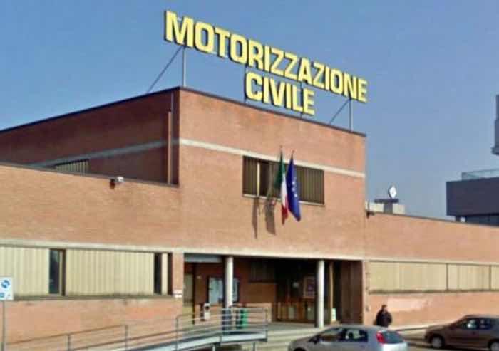 Motorizzazione Modena, è di almeno 3 mesi il tempo d'attesa per le revisioni di autocarri e autobus