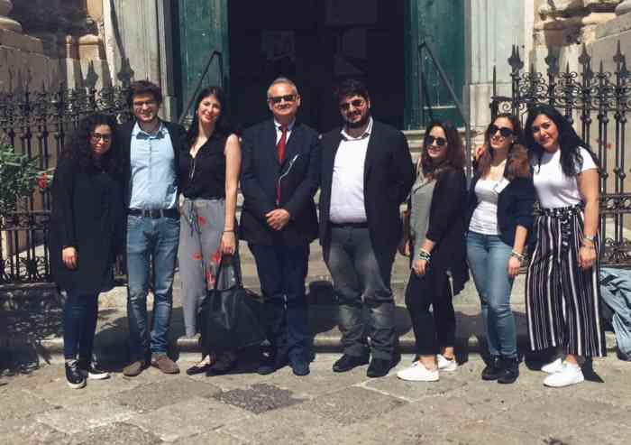 C'è chi dice no: gli studenti dell'Unimore a Palermo