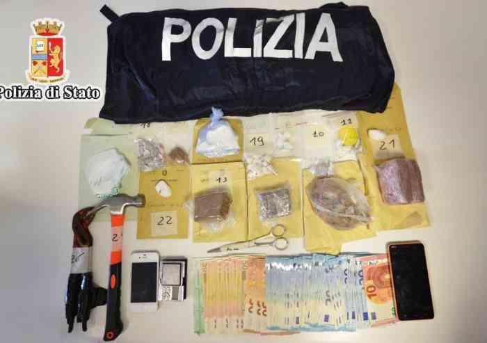 Niscemi, due fratelli in manette: spaccio e detenzione di droga