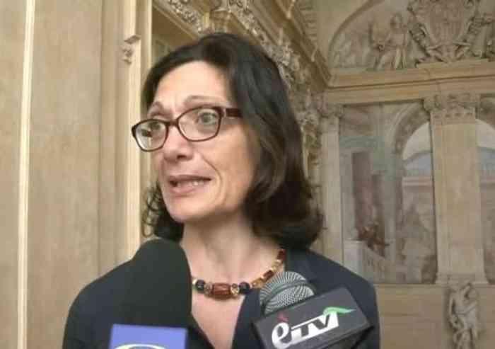Tar, la figuraccia di Franceschini: M5S contro Muzzarelli