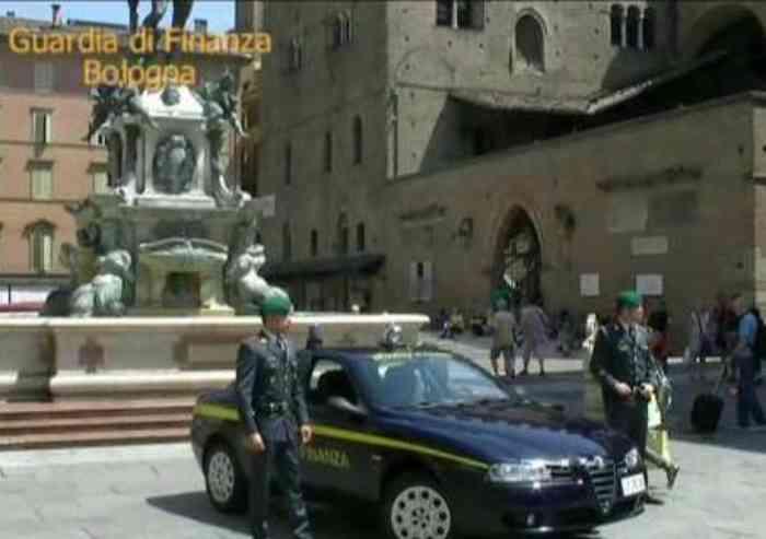 Maxi sequestro per un imprenditore edile modenese «contiguo alla criminalità organizzata»