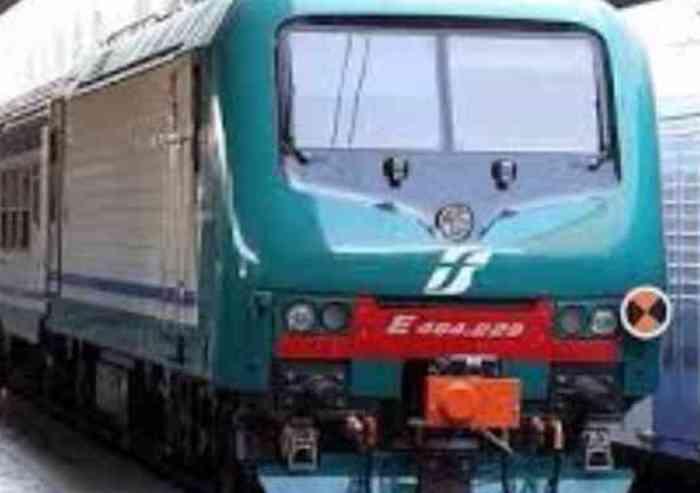 Trenitalia, concerto Vasco Rossi: verso il tutto esaurito le corse regionali straordinarie