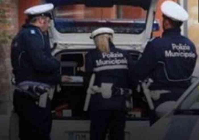 Corteo 5 stelle per la sicurezza a Modena
