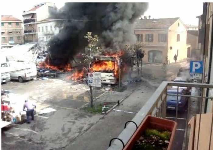 Esplosione al mercato di Guastalla, condanna a 8 anni per l'ambulante