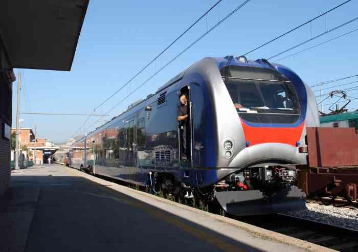'Modena-Sassuolo: servono rassicurazioni sull'arrivo dei nuovi treni'
