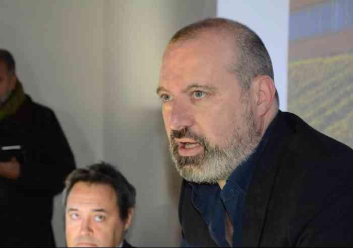 Ex consiglieri regionali aggrappati ai vitalizi, ha ragione Stefano Bonaccini