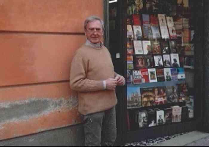 Libreria Muratori, gli arredi storici donati alla Biblioteca Poletti