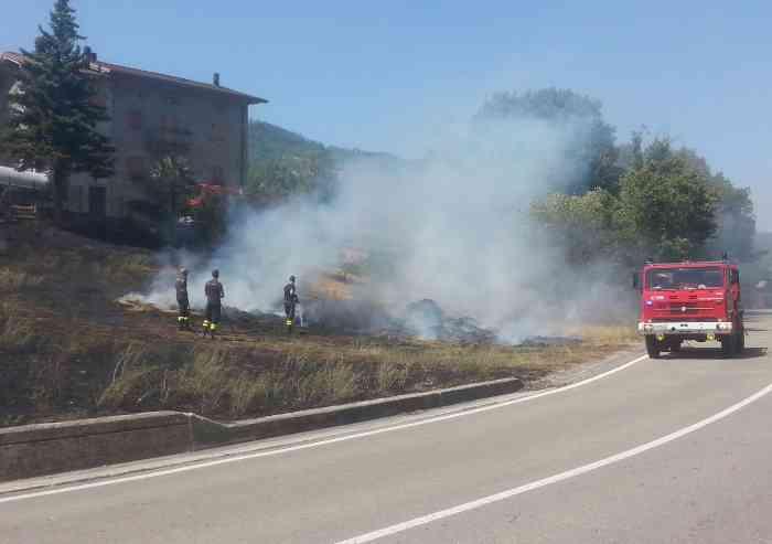 Spaventoso rogo a Fanano: 60 famiglie evacuate