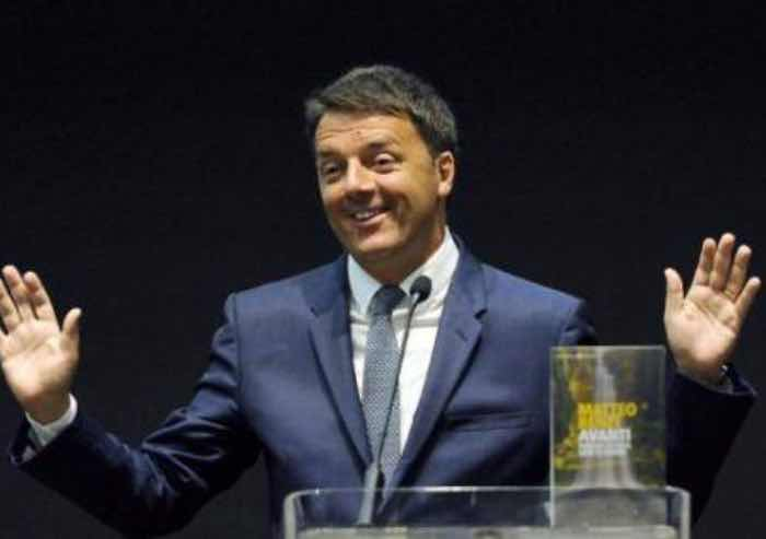 Matteo Renzi alla festa a Bologna