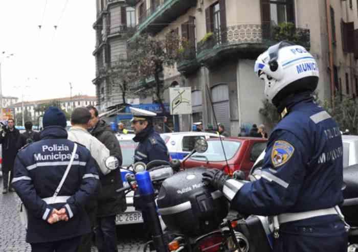 'La fucilata in faccia se la prenda la polizia': ora quel comandante è stato promosso