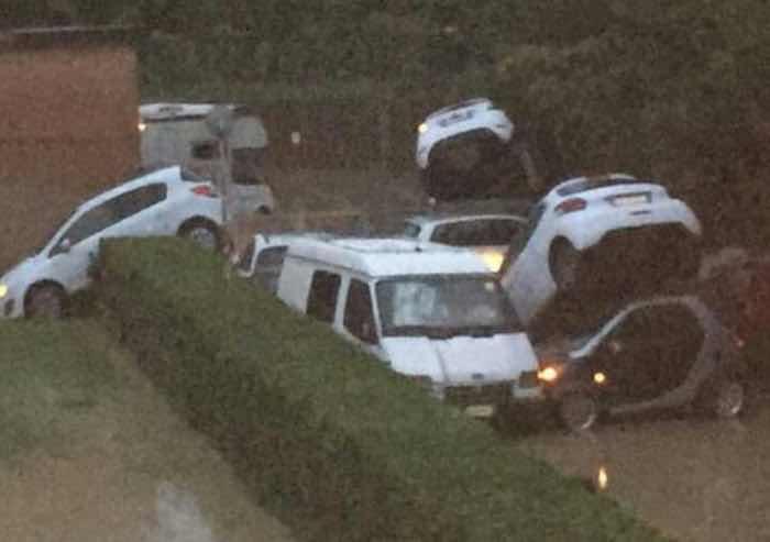 Maltempo, cinque morti vicino Livorno