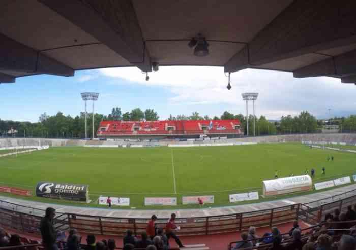 Il Modena calcio torna a Forlì, e il Comune di Modena torna a fare mutui