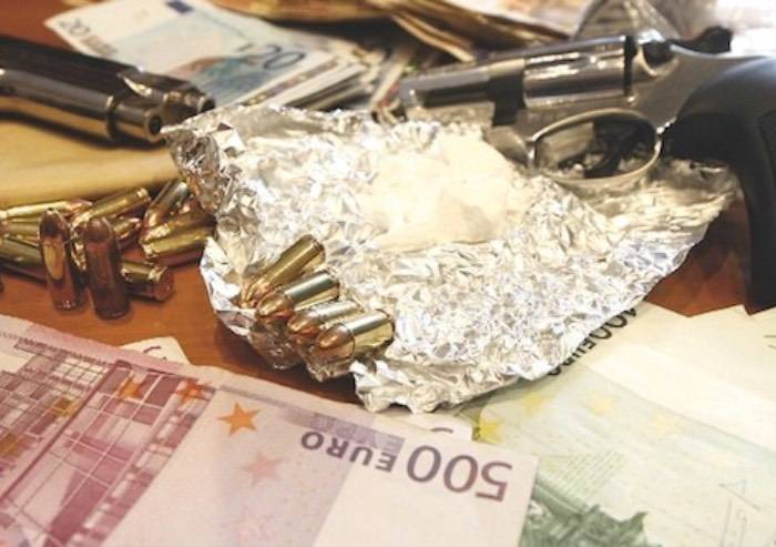 Droga, prostituzione, lavoro nero: economia sommersa e illegale valgono 208 mld, è il 12,6% del Pil