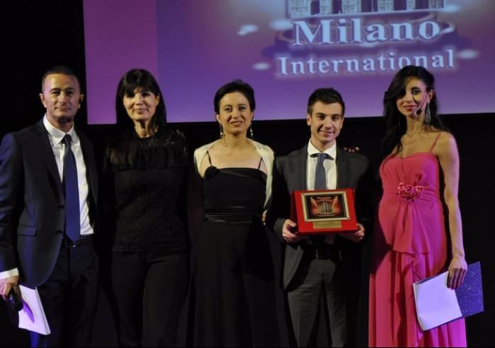 Andrea De Carlo premiato a Milano con Bianca Neve