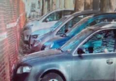 Viale Fontanelli, razzia notturna su auto in sosta, due arresti