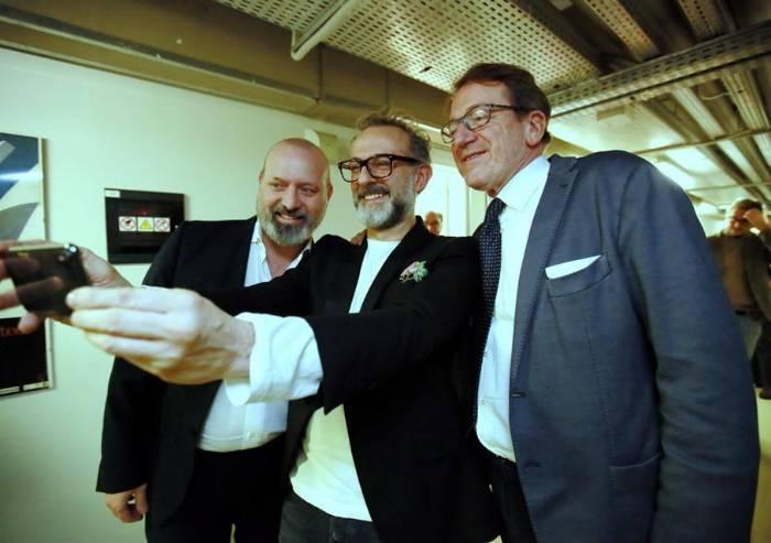 Muzzarelli e Bonaccini per la presentazione del libro di Bottura