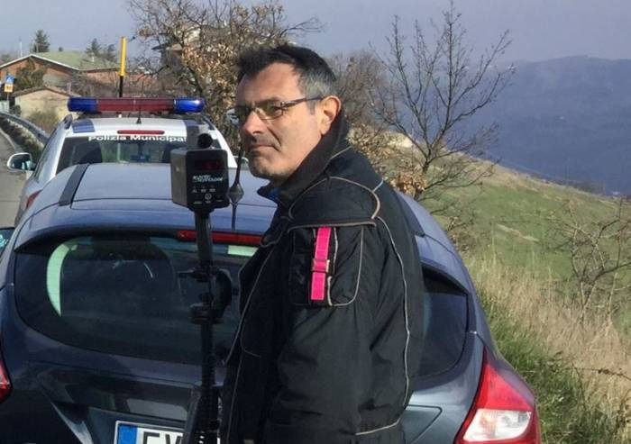 Tragedia nel salernitano, incidente stradale: morto camionista