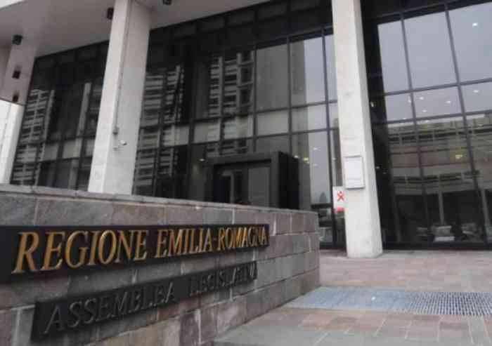 Per la Procura di Bologna nessuna 'spesa pazza' dei Consiglieri PD