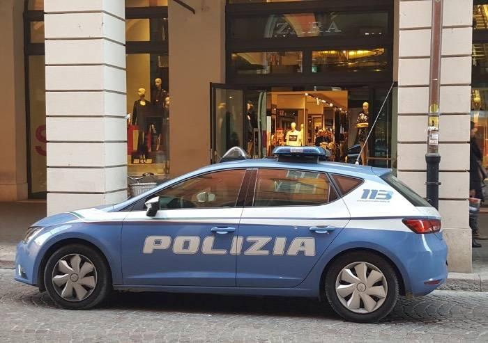 Senegalese arrestato dalla Polizia per furto da Zara