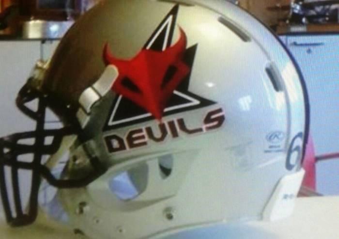 Modena Devils American Football Team: anziani guerrieri solidali