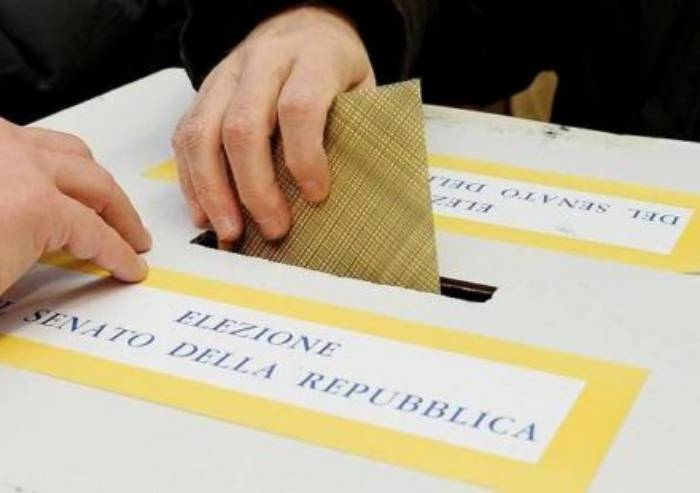 Elezioni: Ecco le nuove schede elettorali e la guida al voto