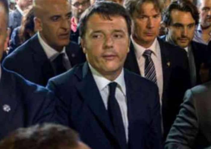 E Renzi si paragona a un malato di Sla: 'Non mollo'