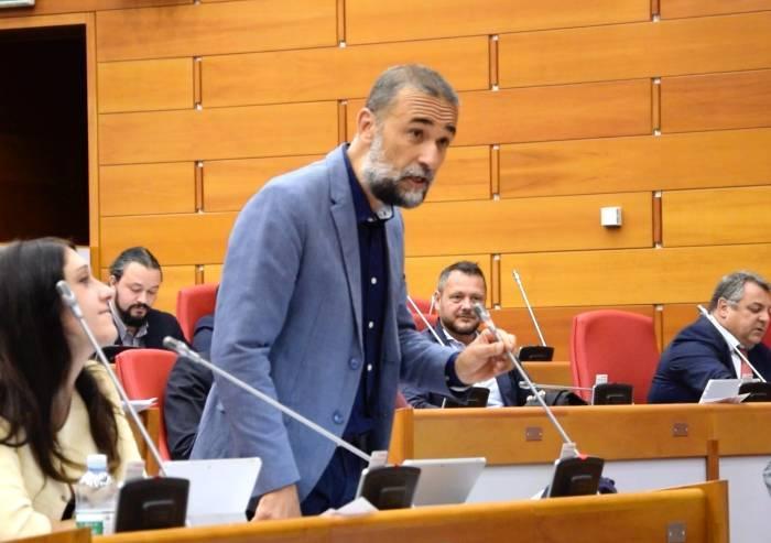 'No alle albicocche spagnole nelle mense scolastiche emiliane'