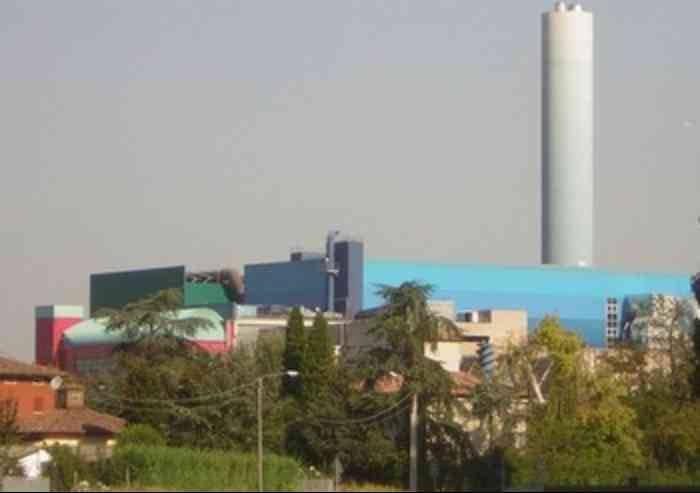 'Modena: Euro 4 vietati, ma inceneritore a tutto gas. E' assurdo'