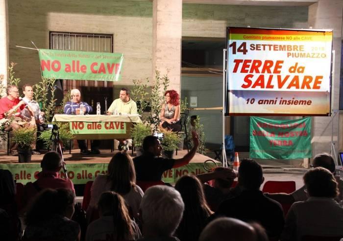 I dieci anni di No alle Cave: la festa di Piumazzo