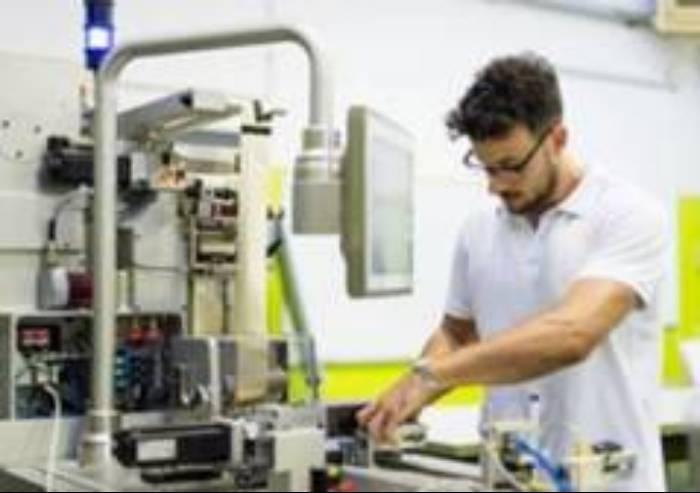 Sos industria manifatturiera Modena, crolla la produzione -8,1%