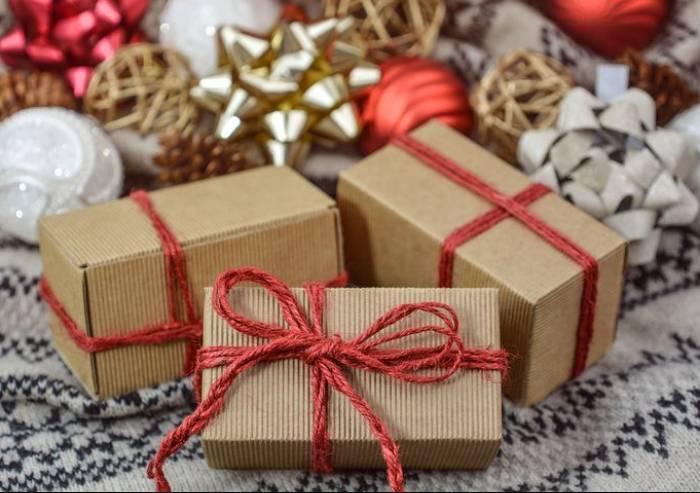 Acquisti natalizi a Modena, partenza deludente