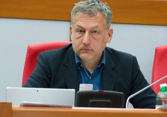 Migranti, l'accusa di Galli (FI): il Pd si è ingrassato. Lite in aula