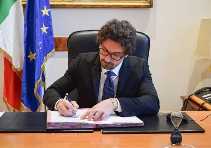 Pedaggi, il 2019 parte bene: il ministro Toninelli blocca gli aumenti