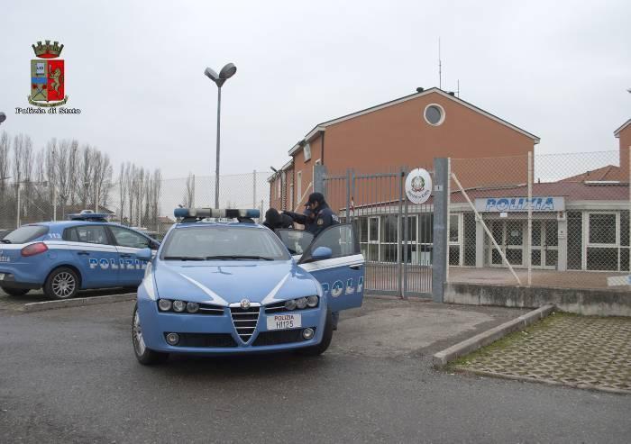 Carpi, clandestino pregiudicato spacciava in Piazza Martiri: arrestato
