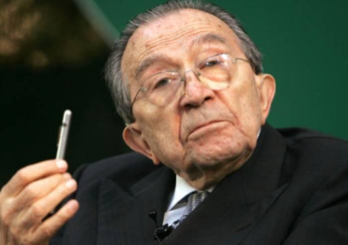 M5S: 'Unica obiettività storica è rapporto di Andreotti con la mafia'