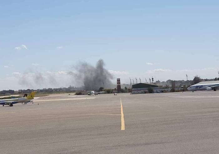 Libia, raid aerei di Haftar. Conte istituisce unità di crisi