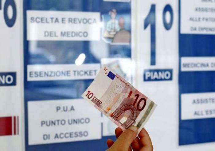 Si 'intascava' i soldi dei ticket: arrestato dipendente Ausl
