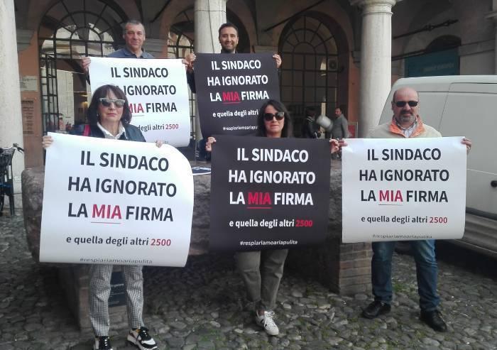 Fonderie, il Comitato porta il sindaco sulla Preda Ringadora: 'Ha ignorato la firma di 2500 modenesi'