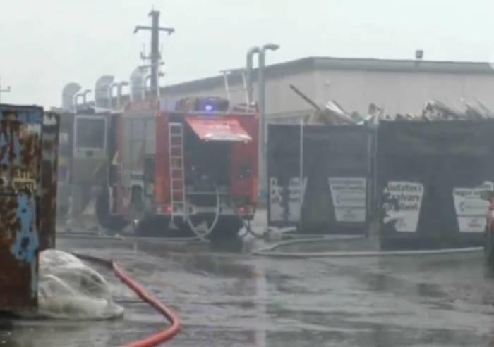 Incendio Ubersetto, Arpae: 'Per ora valori dell'aria nella norma'