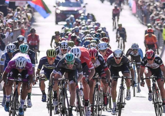 Giro d'Italia, oggi volata a Modena, traguardo in via Emilia Ovest