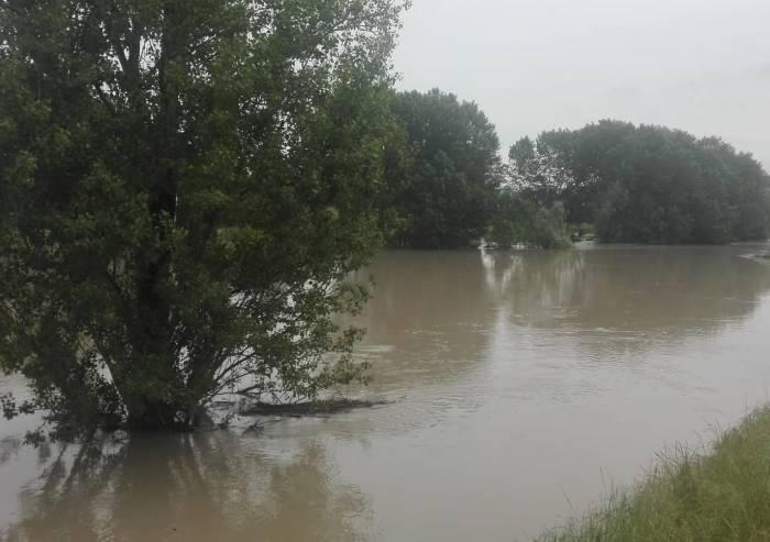 Allerta meteo, domani scuole chiuse nei Comune nel bacino del Secchia