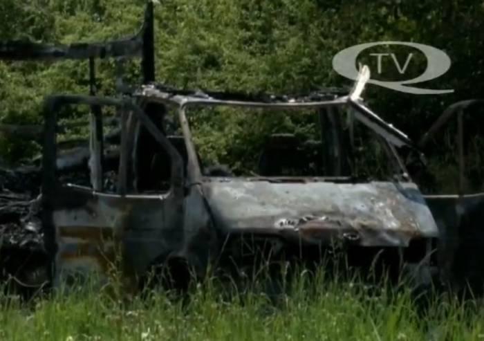 Distrutto dalle fiamme camper famiglia nomade, nessun ferito