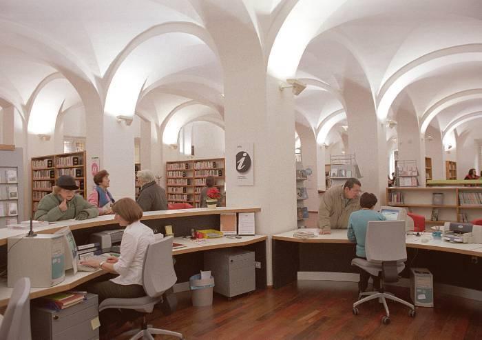 Biblioteche Modena, il Comune chiude la porta a 'Macchine celibi'