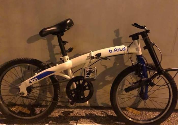 Spacciatore e ladro di bici bloccati dai Carabinieri: sono entrambi irregolari