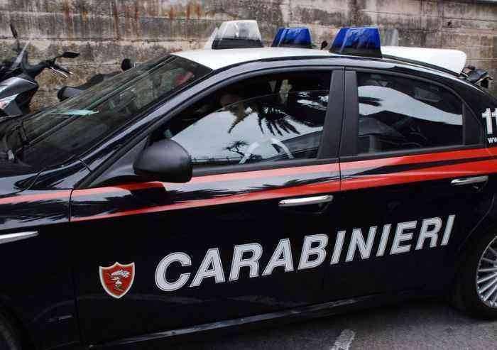 Viale Gramsci, spaccia e aggredisce i Carabinieri che lo fermano