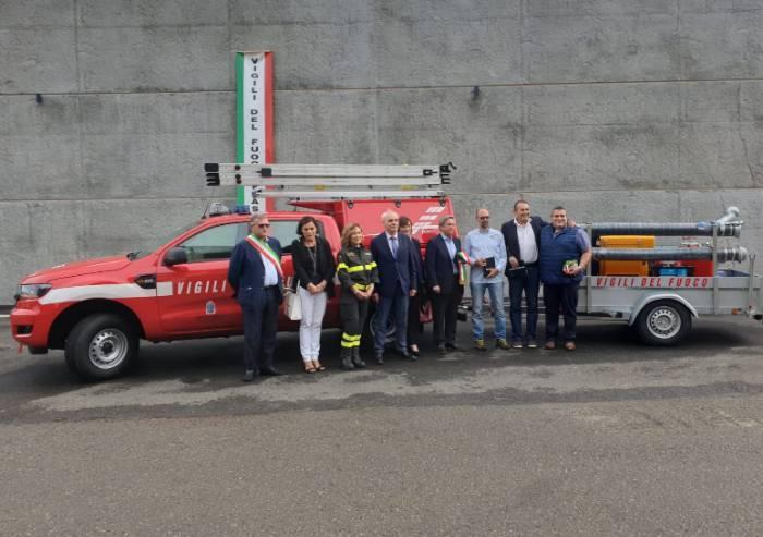 Frassinoro, due mezzi donati ai vigili del fuoco