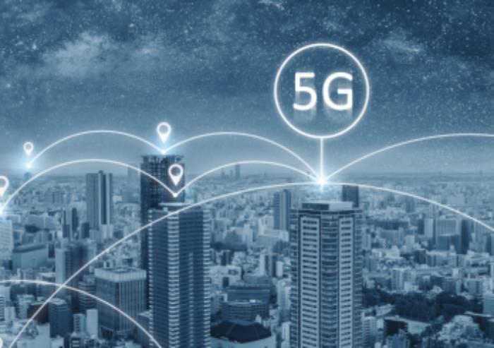 Tecnologia 5G, Muzzarelli vuole rapporto all'Ausl su rischi per salute